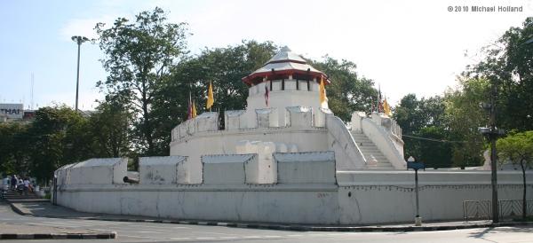 Mahakan Fort - Bangkok For Visitors