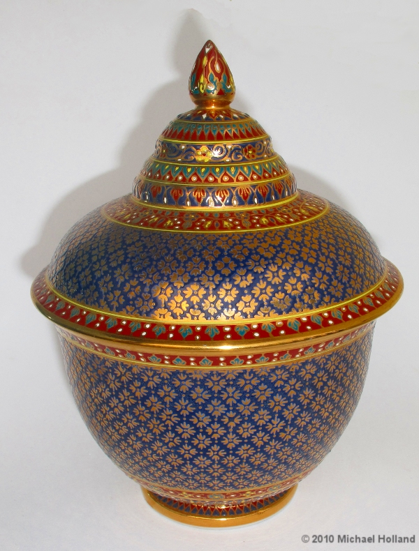 Thai Benjarong Ceramics Bangkok For Visitors